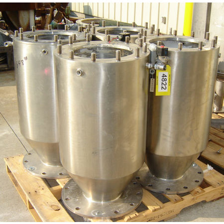 Hoppers, Bins, Silos - Item 04822