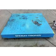 "USED PLATFORM SCALE 30"" WEIGH-TRONIX 1,000 LB CAPACITY"