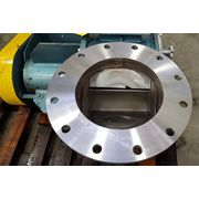 "Used 14"" Young Industries Stainless Steel Rotary Valve 14SE"
