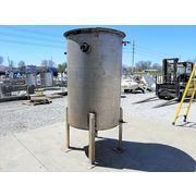 Used 500 GALLON STAINLESS STEEL TANK with Internal Coil
