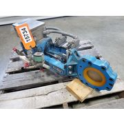 "Used 4"" Newcon Knife Gate Valve - Automated"