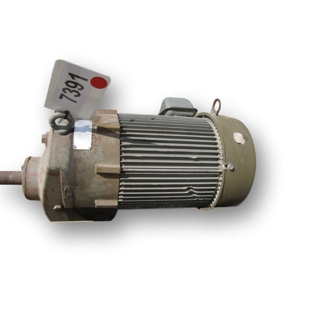 USED GEAR REDUCER W/ 3HP MOTOR - 2.756:1 RATIO