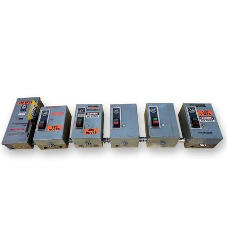 Lot of (5) Size 1 Allen Bradley Motor Starters with (1) Square D Disconnect