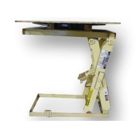 AUTOQUIP Series 35 4000 lb. Capacity Electric Hydraulic Lift Table