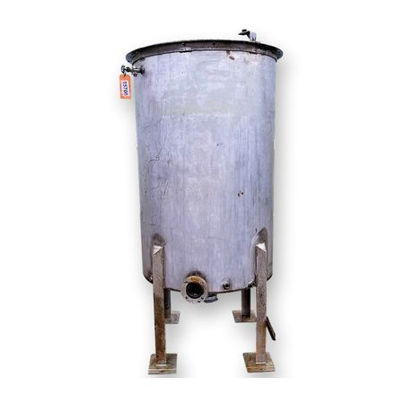 Used 500 GALLON STAINLESS STEEL TANK with Pipe Coils
