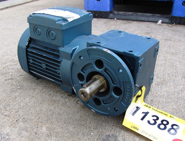 Unused Sew Eurodrive Right Angle Gear Reducer With Kw