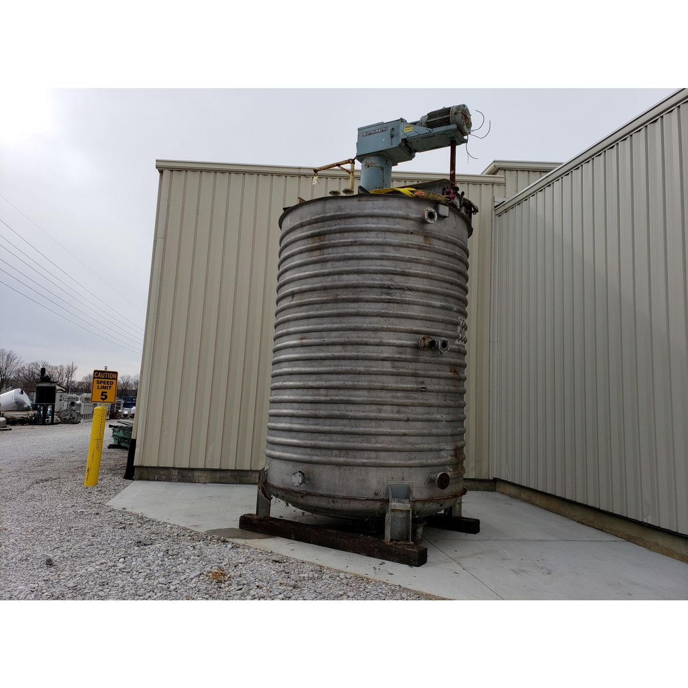 Used Water Tanks For Sale >> Used 6 000 Gal Stainless Steel Jacketed Mix Tank For Sale Buy And Sell
