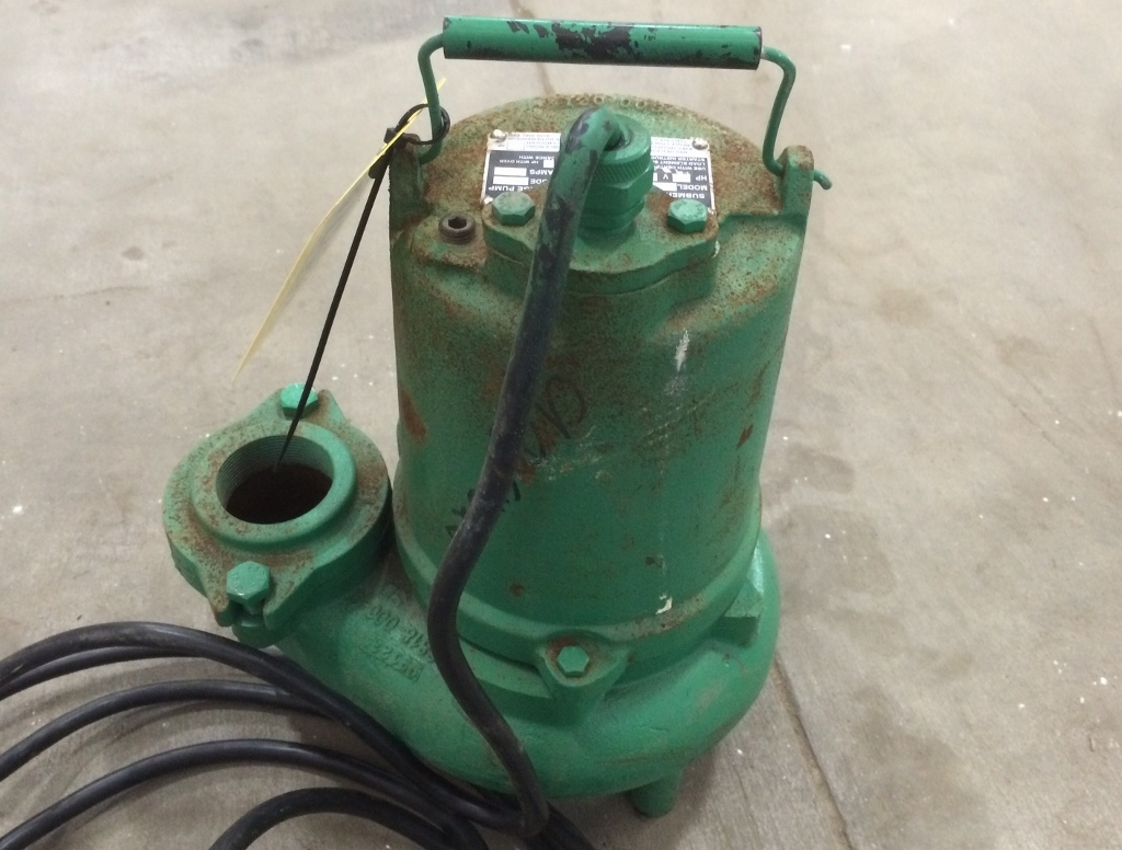 Used 3  4hp Hydromatic Submersible Sump Sewage Pump Model Sk75m4   Pumps