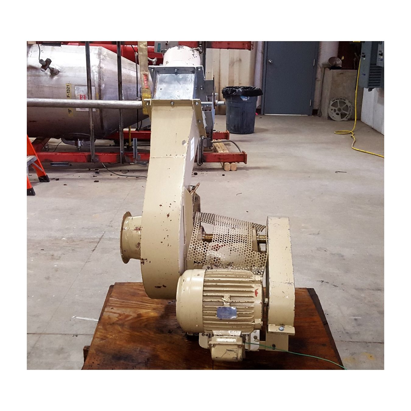 Industrial Dust Blowers : Used cfm quot sp ancaster centrifugal fan baghouse