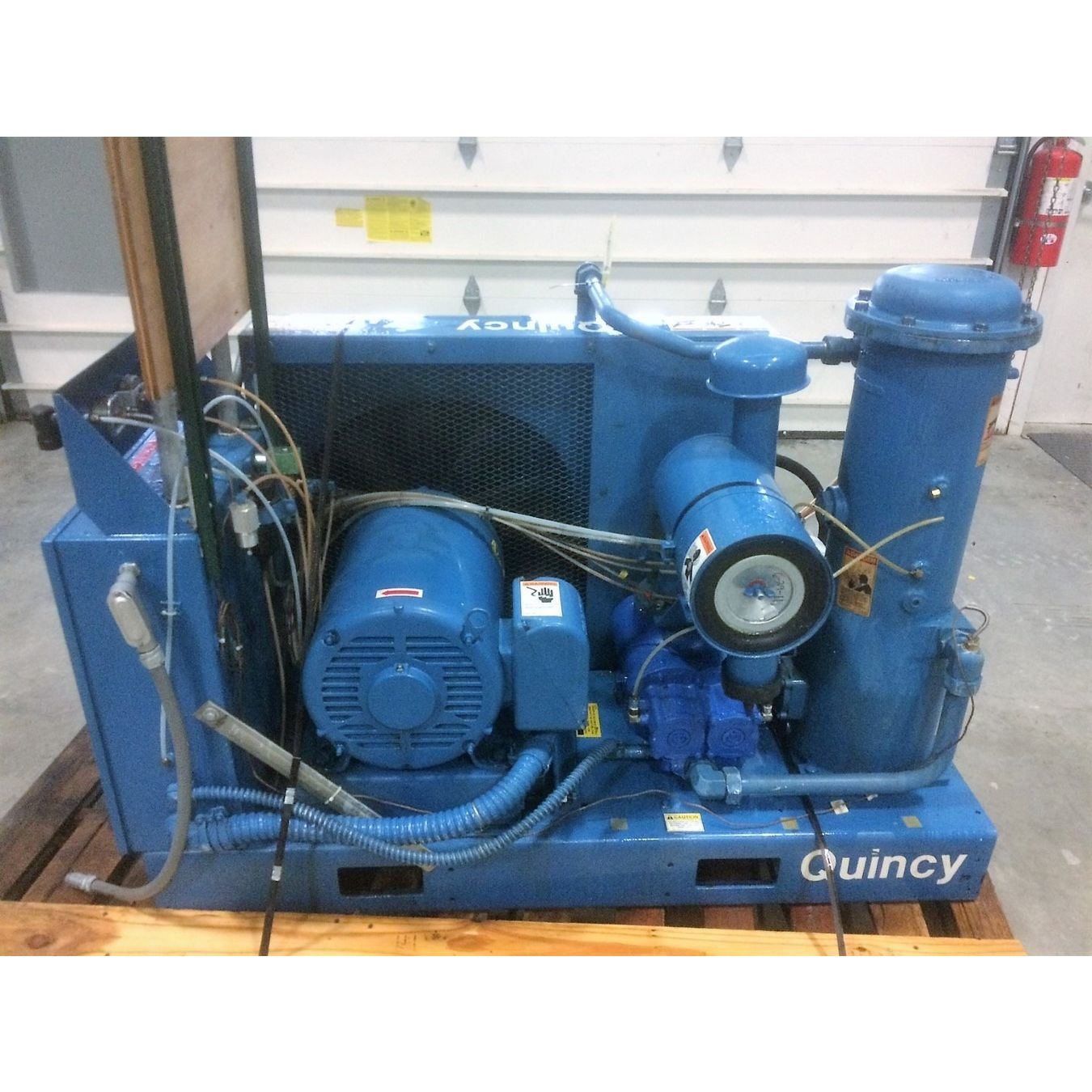Rotary Screw Compressor : Used hp quincy rotary screw air compressor qsb series